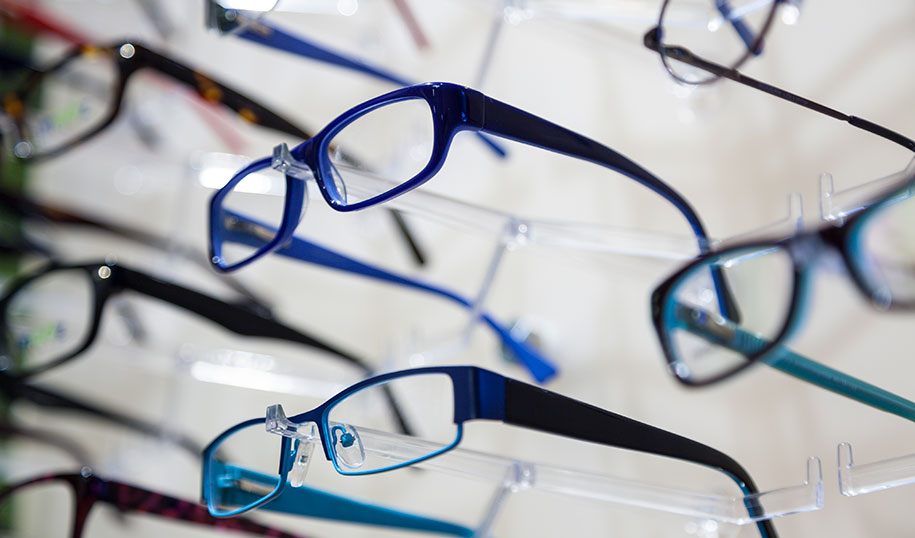 Optical shop display